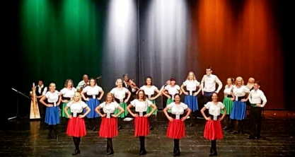 Absolutely Legless - bringing traditional Irish Dance and music alive